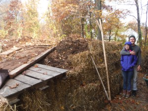 Shihaiya and Thomas helped on the project from planning & clearing the land, picking up materials & haybales, and building the pile through the 5th layer of strawbale ! Thanks !