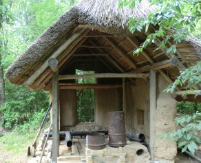 Oxford-Kids-Cottage - and rocket stove
