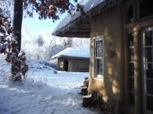 Strawbale Studio & Hobbit Sauna
